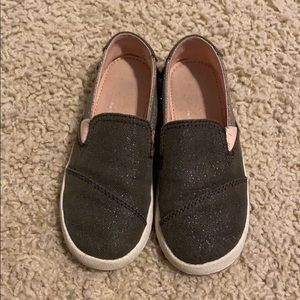 Sparkly gray and pink Toms for toddler girl